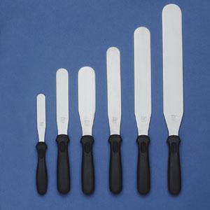 Icing spatulas - various