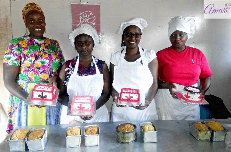 Feb Friday Cake Basic Class group photo