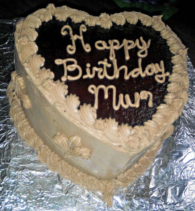 PBnJ cake finished
