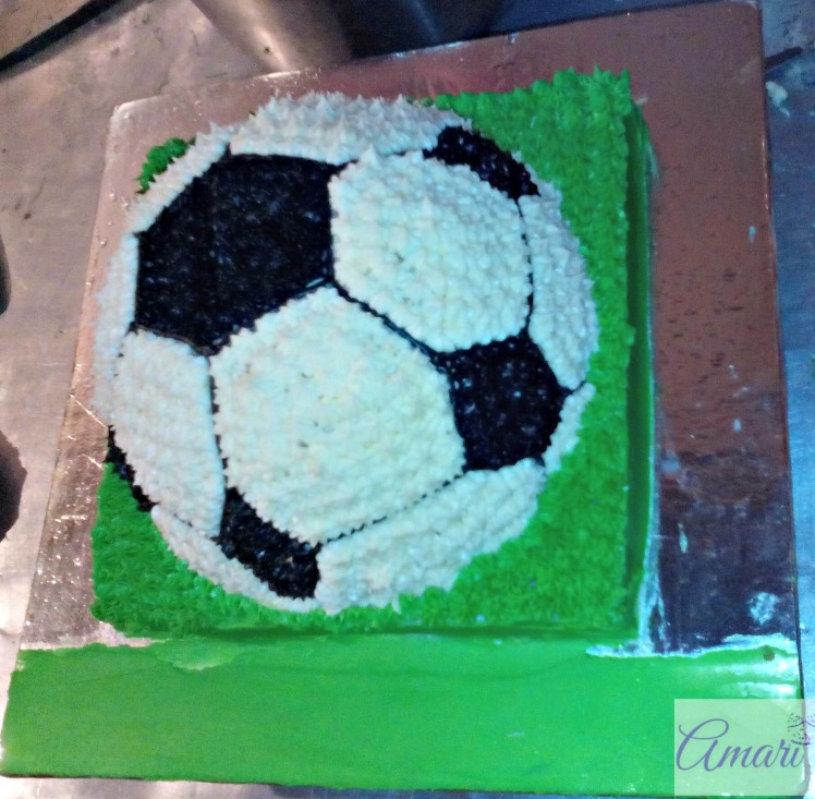 cake-with-name-canvas_amari-soccer-ball-cake-tutorial