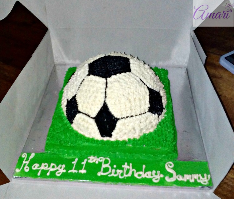complete-cake_amari-soccer-ball-cake-tutorial