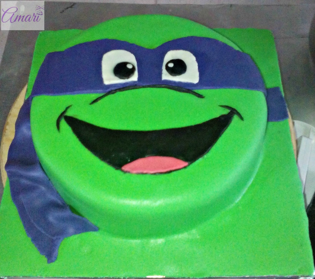 Making A Teenage Mutant Ninja Turtle Cake
