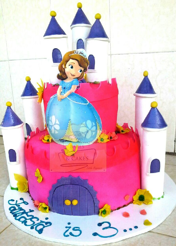 Sophia Caste cale by Grace Githinji of Cooks_Bakes and Cakes Bakery